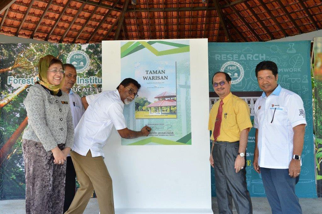 YBM KATS rasmi Taman Warisan