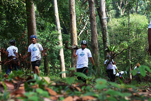 Dipterocarp Clean Up Day in conjunction with FRIM's Anniversary