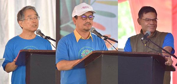 Hayashi, Tengku Zulpuri Shah dan Saifuddin Nasution berucap semasa majlis perasmian.